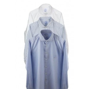 Fashion Only bowler bag with push lock.